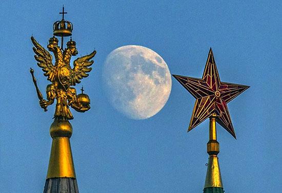 России 30 лет — полет нормальный?